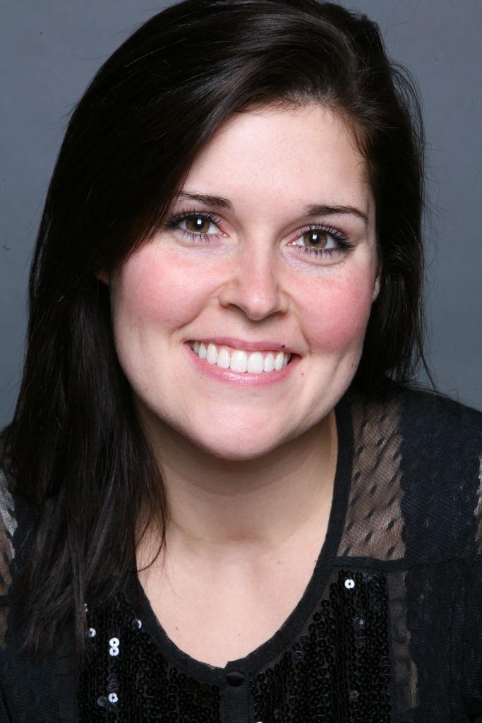 Kristen Gilles - High Res Headshot