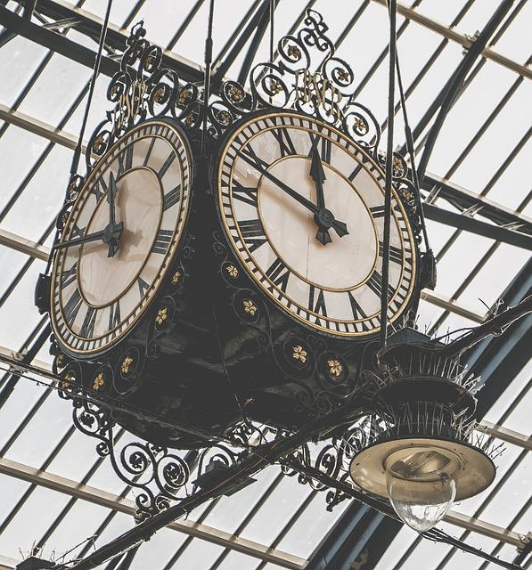 clock-854607_640 (1)