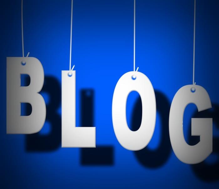 blogging-1171731_960_720